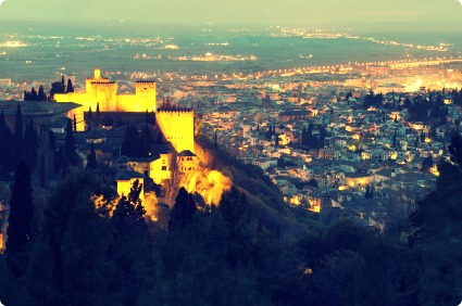 Night-view-Alhambra-back-down-to-Granada
